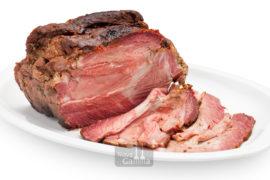 Comprar Roast beef peça és un tall de bou tendre que es rosteix al forn molt ben condimentat. És un plat tradicional de la cuina Anglesa.
